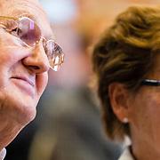 NLD/Den Haag/20160927 - Uitreiking de Dikke Blauwe 3, Joop van der Ende en partner Janine Klijburg