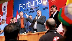 Roberto Freire durante discurso no ato político pró-reeleição de José Fortunati  e confirmação da adesão à aliança com os partidos da coligação – PDT, PMDB, PTB, PPS, PRB, PMN, PTdoB, PRP e PRTB, na sede municipal do PDT, em Porto Alegre. FOTO: Jefferson Bernardes/Preview.com