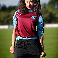 Nederland, Hoofddorp, 4 juni 2015.<br /> WK Vrouwenvoetbal.<br /> Tienermeiden van voetbalvereniging Overbos.<br /> Op de foto:Chayenne van Brederode<br /> <br /> <br /> <br /> Foto: Jean-Pierre Jans