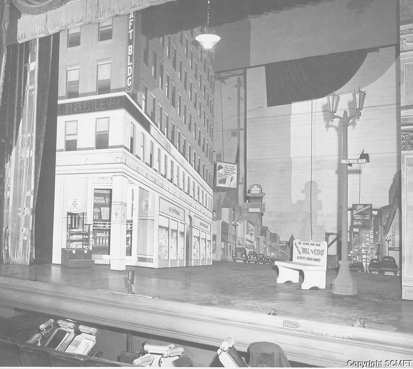 1948 The Blackout's stage