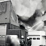 NLD/Amersfoort/19931004 - Brand loodsen Nijverheidsweg-Noord Amersfoort