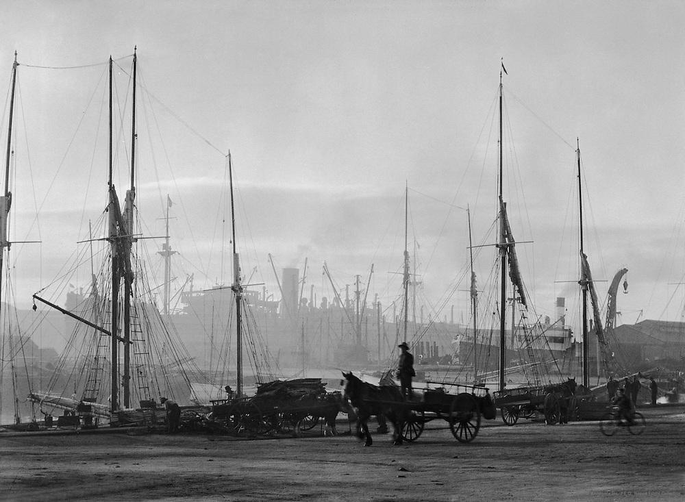 Hobart Harbour, Tasmania, Australia, 1930