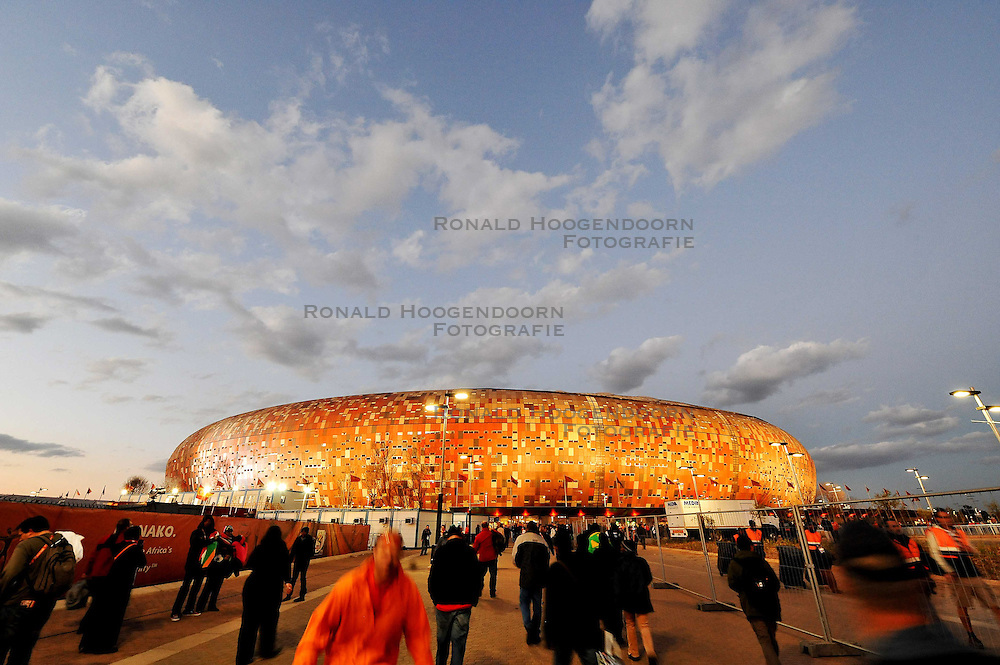 11-07-2010 VOETBAL: FIFA WK FINALE NEDERLAND - SPANJE: JOHANNESBURG<br /> Soccer City Stadion<br /> EXPA Pictures © 2010 EXPA/ InsideFoto/ Perottino - ©2010-WWW.FOTOHOOGENDOORN.NL<br /> *** ATTENTION *** FOR NETHERLANDS USE ONLY!