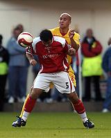 Photo: Olly Greenwood.<br />Charlton Athletic v Watford. The Barclays Premiership. 21/10/2006. Charlton's Andy Reid and Watford's Gavin Mahon.