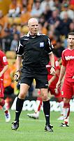 Photo: Mark Stephenson.<br /> Wolverhampton Wanderers v Norwich City. Coca Cola Championship. 22/09/2007.Referee Mr Steve Bennett