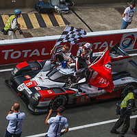 #8, Toyota TS050 Hybrid, Toyota Gazoo Racing, drivers: S. Buemi, K. Nakajima, B. Hartley, LMP1, at Le Mans 24H on 20/09/2020