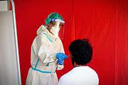 Ospedale Amedeo di Savoia - Torino, 21 Agosto 2020: Postazioni per i tamponi alle persone che rientrano in Piemonte da vacanze all'estero  in Spagna, Croazia, Grecia o Malta.
