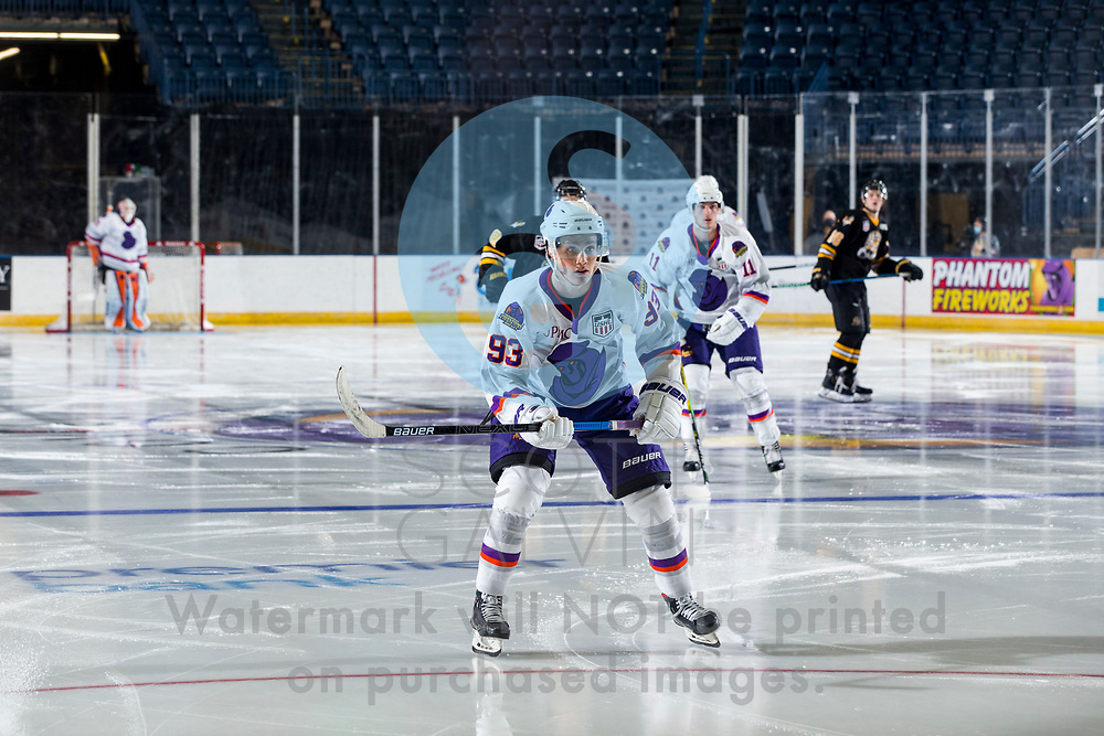 The Youngstown Phantoms lose 5-2 to the Green Bay Gamblers at the Covelli Centre on December 19, 2020.<br /> <br /> Cole Burtch, forward, 93