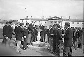 Rugby 1968 - 19/04 Irish Team at Arus An Uachtarain before leaving for Notre Dame