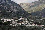 Griekenland, Amfissa, 5-7-2008Dorp,stadje in de bergen.Foto: Flip Franssen