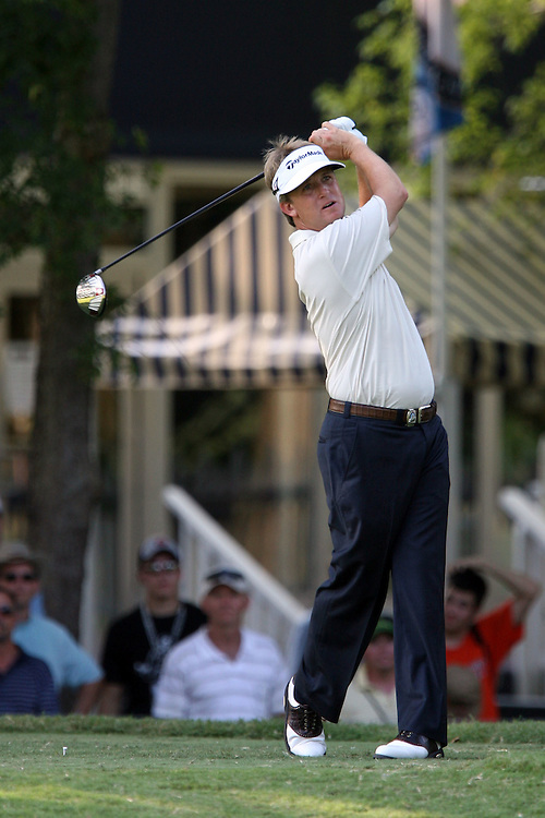 09 August 2007: David Toms tees off on the 18th hole during the first round of the 89th PGA Championship at Southern Hills Country Club in Tulsa, OK.
