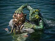 US Navy Mark-V commercial diver attacked by the lake monster at Dutch Springs, Scuba Diving Resort in Bethlehem, Pennsylvania
