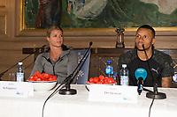 Friidrett<br /> 14.06.2017<br /> Bislett Games<br /> Jordbærparty<br /> Oslo Rådhus<br /> Pressekonferanse<br /> Dafne Schippers (L) , NED og <br /> Andre De Grasse (R) , CAN<br /> Foto: Astrid M. Nordhaug