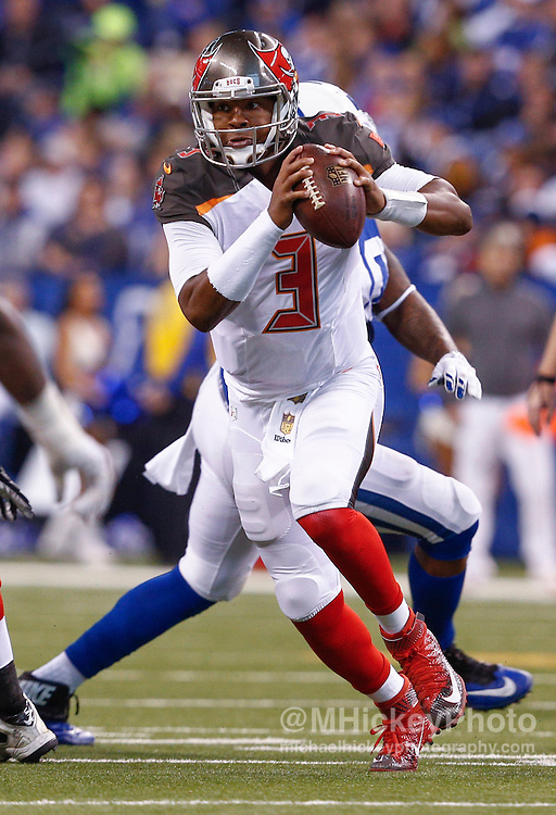 INDIANAPOLIS, IN - NOVEMBER 29 : Jameis Winston #3 of the Tampa Bay Buccaneers scrambles during the game against the Indianapolis Colts at Lucas Oil Stadium on November 29, 2015 in Indianapolis, Indiana. Indianapolis defeated Tampa Bay 25-12. (Photo by Michael Hickey/Getty Images) *** Local Caption *** Jameis Winston