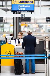 THEMENBILD - Airport Muenchen, Franz Josef Strauß (IATA: MUC, ICAO: EDDM), Der Flughafen Muenchen zählt zu den groessten Drehkreuzen Europas, rund 100 Fluggesellschaften verbinden ihn mit 230 Zielen in 70 Laendern, im Bild ein Passagier an einem Lufthansa Business Schalter wird bedient // THEME IMAGE, FEATURE - Airport Munich, Franz Josef Strauss (IATA: MUC, ICAO: EDDM), The airport Munich is one of the largest hubs in Europe, approximately 100 airlines connect it to 230 destinations in 70 countries. picture shows: a passenger on a Lufthansa Business counter, Munich, Germany on 2012/05/06. EXPA Pictures © 2012, PhotoCredit: EXPA/ Juergen Feichter