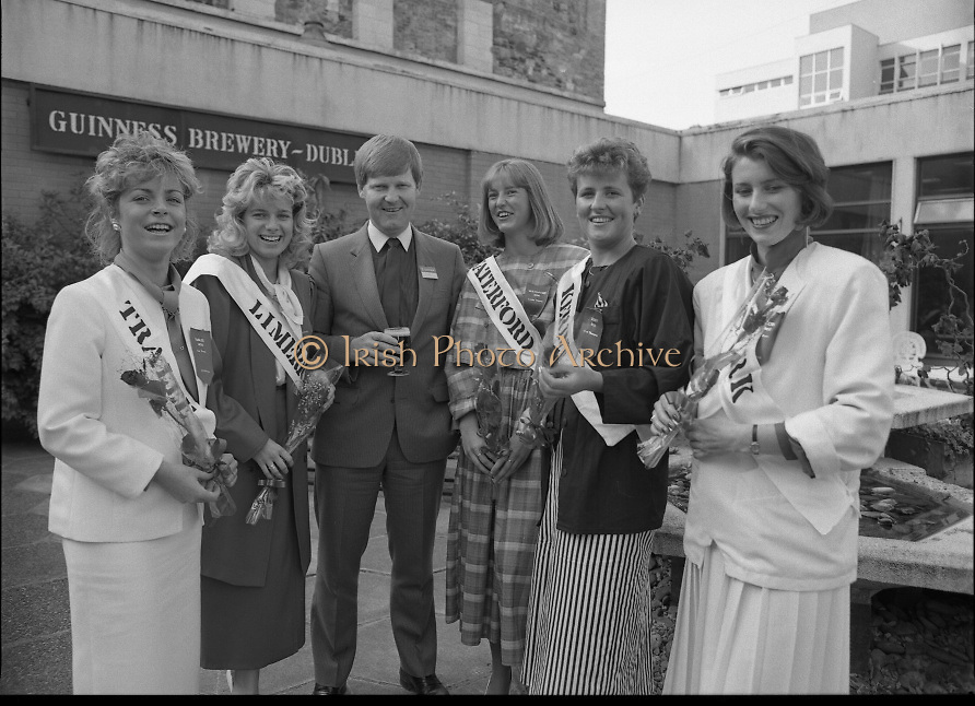 Roses of Tralee at Guinness Brewery..1986.20.08.1986..08.20.1986..20th August 1986..As part of the 50th running of the Rose Of Tralee Festival the thirty Rose contestants were invited to The Guinness Brewery,St James's Gate,Dublin. At the reception in their honour, Mr Pat Healy,Sales Director,Guinness Group Sales,welcomed the roses at the Guinness Reception Centre..Extra: Ms Noreen Cassidy,representing Leeds,went on to win the title of 'Rose Of Tralee'...Picture shows Mr Pat Barry,Corporate Affairs Manager,Guinness with roses,Liz Keane,Tralee Elaine Murphy,Limerick,Louise Wittel,Waterford,Clare Thompson,Kerry and Liz Fenton Cork at the Guinness reception.