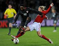 Fotball , 18. november 2009 ,  Danmark - USA<br /> v.l. Jeffrey Cunningham USA, Christian Poulsen<br /> <br /> Norway only