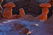 Hoodoos en Goblin Valley State Park, Utah (Estados Unidos)