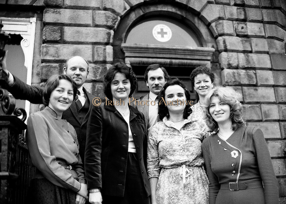 An Irish Red Cross Society/Cumann Croise Deirge hÉireann medical team at the Society headquarters in Dublin, in advance of a humanitarian mission to Kampuchea (Cambodia) and Thailand. From left: Anne Hickey, Dr Pat Donohoe, Patricia Tobin, Michael McCarthy, Bridget Lyons, Philomena Mulligan and Katherine Hyland.<br /> 29 February 1980