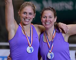 04-01-2015 NED: Open NK Indoor Beachvolleybal, Aalsmeer<br /> Elke Schuil-Wijnhoven, Mered de Vries winnen het NK Beachvolleybal