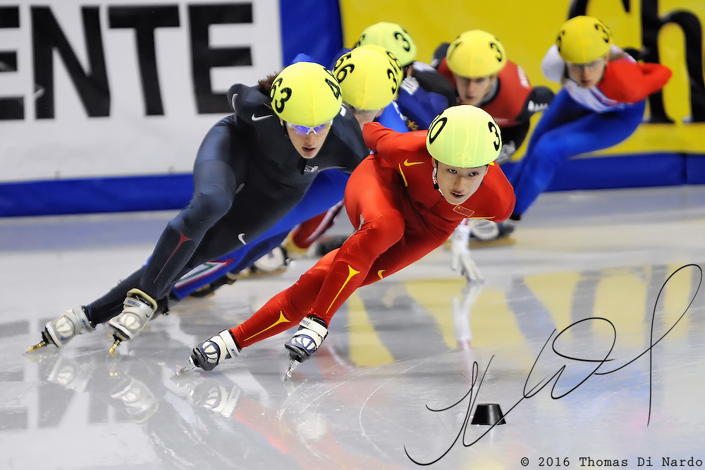 2008 World Cup Short Track - Vancouver - Katherine Reutter (USA) competes in 1000m Ladies Semi-Final  2.