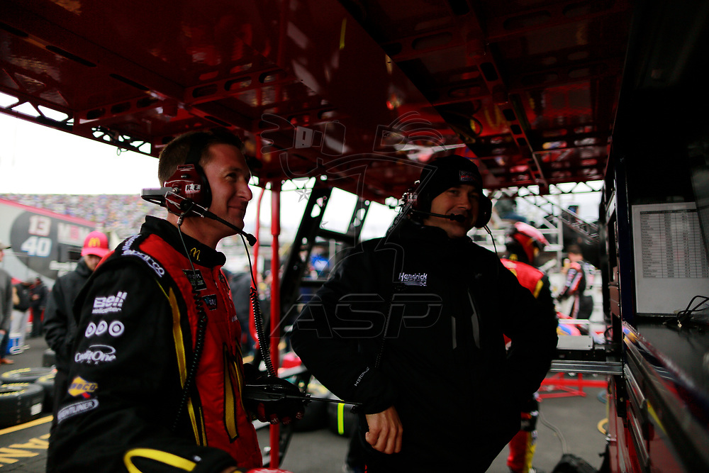October 29, 2017 - Martinsville, Virginia, USA: Jamie McMurray (1) crew member watches the First Data 500 at Martinsville Speedway in Martinsville, Virginia.