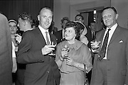 11/05/1962<br /> 05/11/1962<br /> 11 May 1962<br /> Bahamas Travel Association Reception in the Shelbourne Hotel, Dublin. At the event were (l-r): J. Hamilton, Hewett's Travel Agency; Mrs K. Parkinson, Hewett's Travel Agency and Captain N. Hewett of Hewett's.