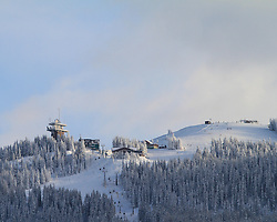 12.12.2012, Schladming, AUT, FIS Weltmeisterschaften Ski Alpin, Schladming 2013, Vorberichte, im Bild der Gipfel der Planai mit Bergstation Planaibahn und Schafalm am 12.12.2012 // top of Planai with mountain station of the cable car and Schafalm on 2012/12/12, preview to the FIS Alpine World Ski Championships 2013 at Schladming, Austria on 2012/12/12. EXPA Pictures © 2012, PhotoCredit: EXPA/ Martin Huber