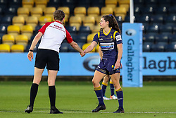Robyn Wilkins of Worcester Warriors Women thanks the referee after the final whistle - Mandatory by-line: Nick Browning/JMP - 14/11/2020 - RUGBY - Sixways Stadium - Worcester, England - Worcester Warriors Women v Loughborough Lightning - Allianz Premier 15s