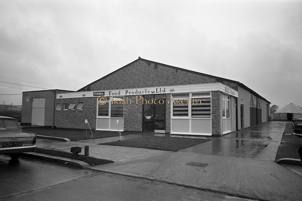 10/10/1966<br /> 10/10/1966<br /> 10 October 1966<br /> Opening of new Roma Foods Products Ltd. factory at Finglas, Dublin. Picture shows  a view of the exterior of the new factory.