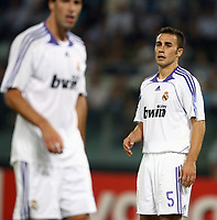 Fotball<br /> UEFA Champions League<br /> 03.10.2007<br /> Foto: Inside/Digitalsport<br /> NORWAY ONLY<br /> <br /> Lazio v Real Madrid 2-2<br /> <br /> Fabio Cannavaro, Ruud Van Nistelrooy Real Madrid