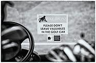 05-11-2017  Foto's genomen tijdens een persreis naar Buffalo City, een gemeente binnen de Zuid-Afrikaanse provincie Oost-Kaap. East London Golf Club - Waarschuwing stelende apen