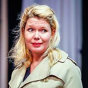 NLD//Amsterdam20160415 - Persdag toneelstuk In de Ban van Broadway, Tjitske Reidnga