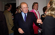 Sir David Frost and Theo Fennell, Hot Ice party hosted by Dominique Heriard Dubreuil and Theo Fennell, ( Remy Martin and theo Fennell) at 35 Belgrave Sq. London W1. 26 October 2004. ONE TIME USE ONLY - DO NOT ARCHIVE  © Copyright Photograph by Dafydd Jones 66 Stockwell Park Rd. London SW9 0DA Tel 020 7733 0108 www.dafjones.com