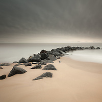 Now I've got the nuclear sunrise out of my system I can get back into my comfort zone and post something little more subdued again! One from Hopton last week
