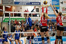 20170430 NED: Eredivisie, VC Sneek - Sliedrecht Sport: Sneek<br />Lea van Rooijen (4) of Sliedrecht Sport <br />©2017-FotoHoogendoorn.nl / Pim Waslander