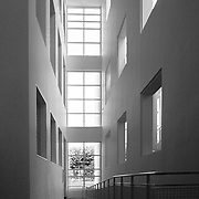 Frankfurt am Main, Germany, Darmstadt, 1986: Rump to first floor, Museum for the Decorative Arts at Schaumainkai St. - Richard Meier Architect -  Get and touch, for commercial uses or other sizes. Photographs by Alejandro Sala