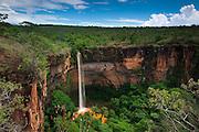 Chapada dos Guimaraes_MT, Brasil...Imagens do Parque Nacional da Chapada dos Guimaraes no Estado do Mato Grosso. Na foto Cachoeira Veu da Noiva no Vale do Rio Coxipozinho...The Chapada dos Guimaraes National Park  is a national park in the Brazilian state of Mato Grosso. In this photo Veu da Noiva waterfall in the Vale do Rio Coxipozinho...Foto: JOAO MARCOS ROSA  /NITRO..