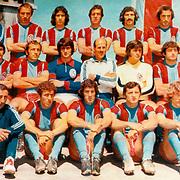 Trabzonspor Team Group. Trabzonspor head coach Ahmet Suat OZYAZICI (Second Row C). Photo by TURKPIX