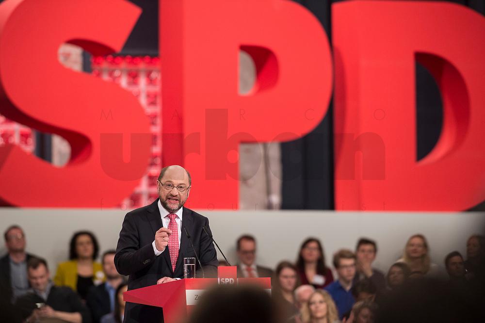 19 MAR 2017, BERLIN/GERMANY:<br /> Martin Schulz, SPD, haelt seine Rede vor seiner Wahl zum SPD Parteivorsitzenden und SPD Spitzenkandidat der Bundestagswahl, a.o. Bundesparteitag, Arena Berlin<br /> IMAGE: 20170319-01-021<br /> KEYWORDS: party congress, social democratic party, candidate, speech