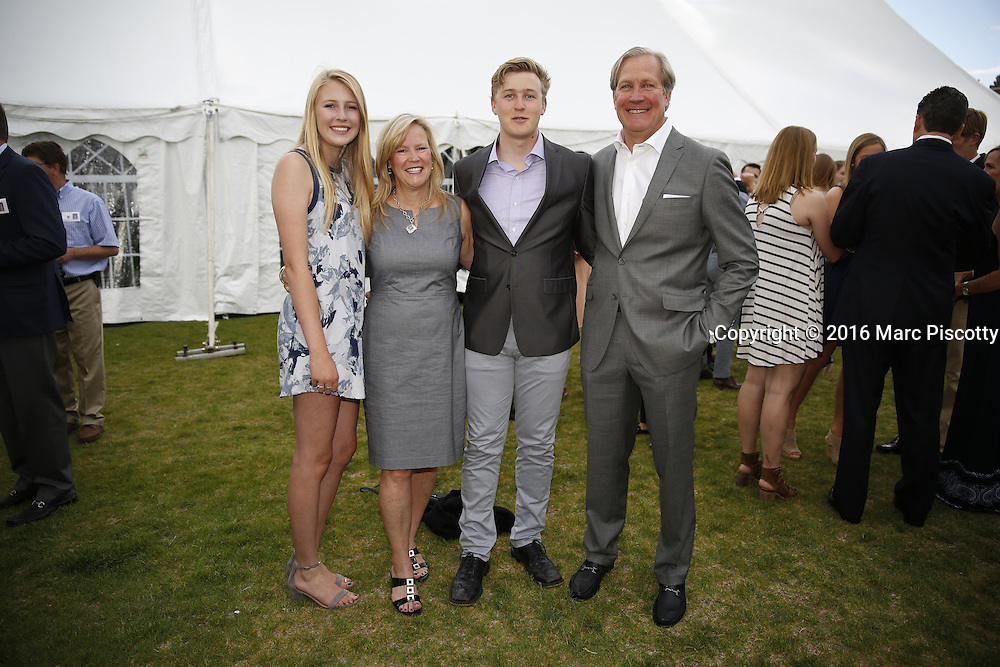 SHOT 6/1/16 6:21:38 PM - Colorado Academy Senior Class portrait in front of the Wellborn House and Class of 2016 Commencement Dinner at the Denver, Co. private school. (Photo by Marc Piscotty / © 2016)