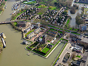 Nederland, Zuid-Holland, Zwijndrecht, 25-02-2020; Eneco-terrein, voormalig waterleidingterrein aan het water van de Wantij, nu Villa Augustus. De historische watertoren, rijksmonument, huisvest nu het hotel. En het voormalige pompgebouw het restaurant.<br /> Eneco site, former water supply site on the water of the Wantij, now Villa Augustus. The historic water tower, a national monument, now houses the hotel. And the former pump building the restaurant.<br /> luchtfoto (toeslag op standard tarieven);<br /> aerial photo (additional fee required)<br /> copyright © 2020 foto/photo Siebe Swart