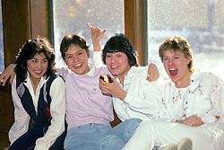 Pauline, Selena, Deva (Pukuk), Teresa
