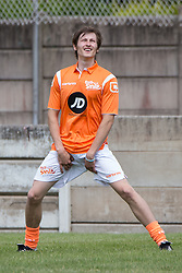 © Licensed to London News Pictures . 02/08/2015 . Droylsden Football Club , Manchester , UK . LUKE TITTENSOR warming up . Celebrity football match in aid of Once Upon a Smile and Debra , featuring teams of soap stars . Photo credit : Joel Goodman/LNP