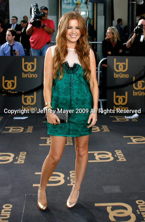 """Hollywood, CA. - June 25: Isla Fisher arrives at the Los Angeles premiere of """"Bruno"""" at the Grauman's Chinese Theatre on June 25, 2009 in Hollywood, California."""