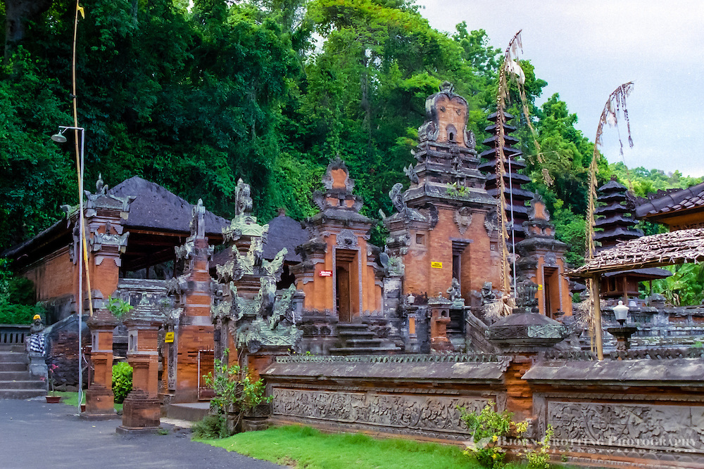 Bali, Klungkung, Goa Lawah. The bat cave. The temple buildings in front of the cave is of newer date.