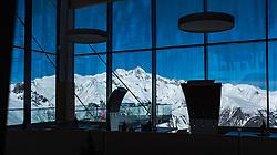 """THEMENBILD - Panoramaansicht aus dem Bergrestaurant """"Adlerrlounge"""" auf die tiefwinterlichen, Schnebedeckten Berge der Glocknergruppe mit Großglockner (höchster Berg Österreichs) im Nationalpark Hohe Tauern. Kals am Großglockner, Österreich am Montag, 2. April 2018 // Panoramic view from the mountain Restaurant """"Adlerlounge"""" of the deep-wintered, snow-capped mountains of the Glockner group with Grossglockner (highest mountain in Austria) in the Hohe Tauern National Park. Monday, April 2, 2018 in Kals am Grossglockner, Austria. EXPA Pictures © 2018, PhotoCredit: EXPA/ Johann Groder"""
