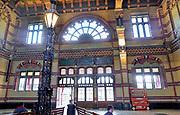 Nederland, Groningen, 20-6-2019Het centraal station van de stad Groningen is gebouwd eind 19e eeuw, 1896,  en een van de mooiste originele stations van Nederland. Het is een ontwerp van architect Isaac Gosschalk .Foto: Flip Franssen