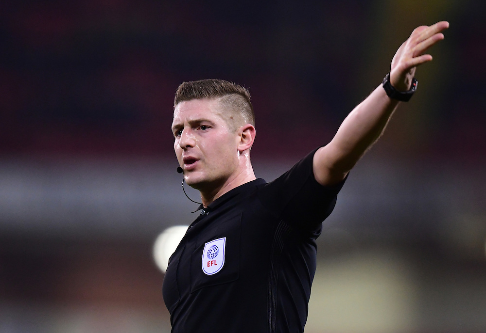 Referee Robert Jones<br /> <br /> Photographer Chris Vaughan/CameraSport<br /> <br /> The EFL Sky Bet League One - Sheffield United v Fleetwood Town - Tuesday 24th January 2017 - Bramall Lane - Sheffield<br /> <br /> World Copyright © 2017 CameraSport. All rights reserved. 43 Linden Ave. Countesthorpe. Leicester. England. LE8 5PG - Tel: +44 (0) 116 277 4147 - admin@camerasport.com - www.camerasport.com