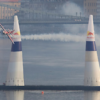 0708193826a Red Bull Air Race international air show qualifying runs over the river Danube, Budapest preceding the anniversary of Hungarian state foundation. Hungary. Sunday, 19. August 2007. ATTILA VOLGYI